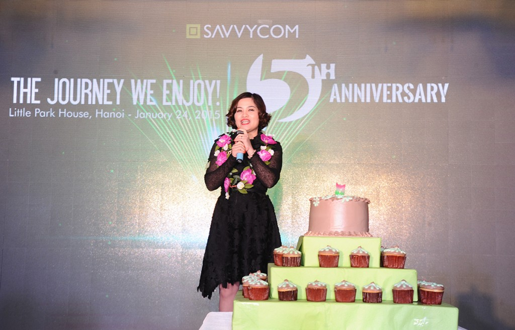Ms Van Dang - CEO of Savvycom with her awesome speech on the wonderful journey of Savvycom